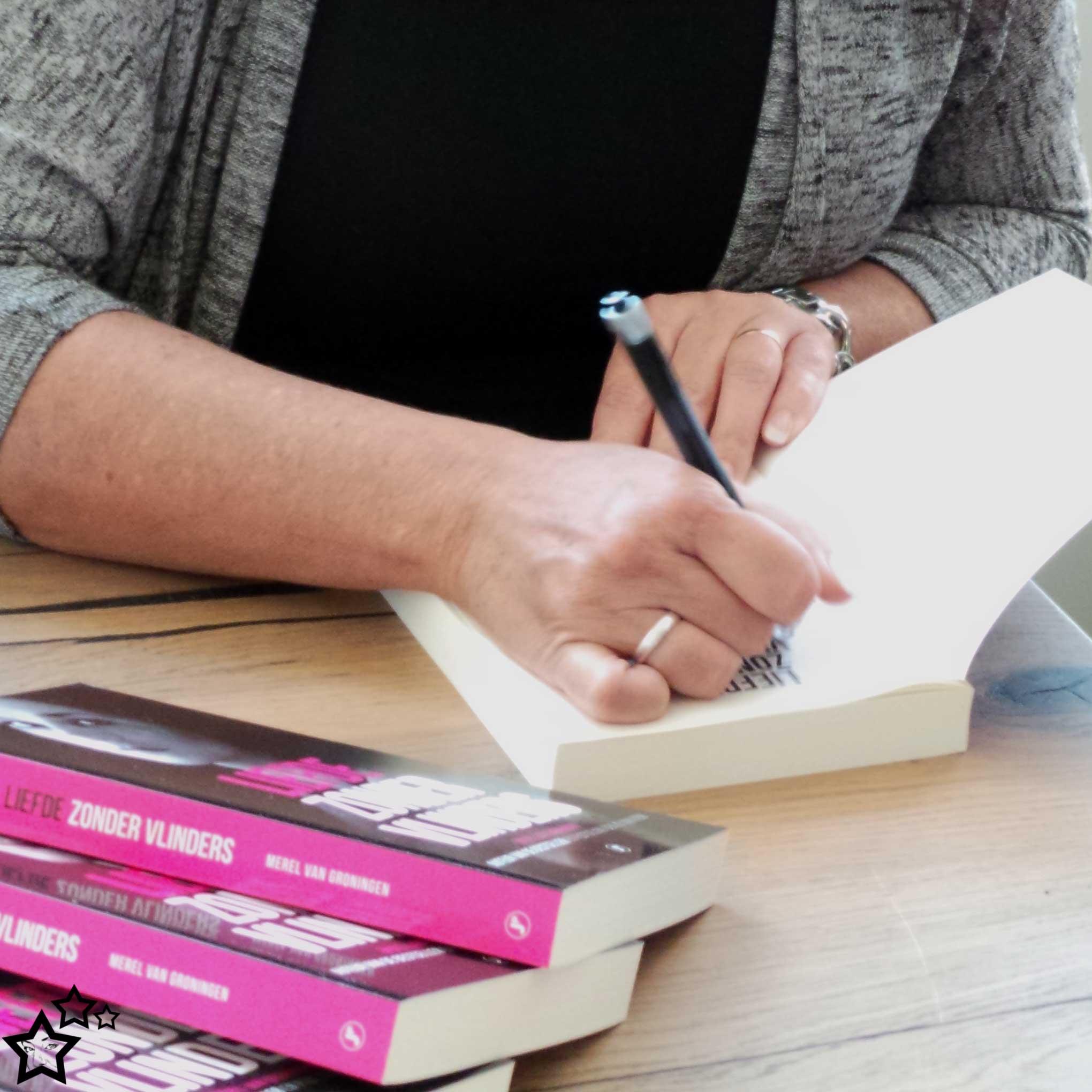 Signeren | Merel van Groningen | boek | Liefde zonder vlinders | Loverboys | Sexting
